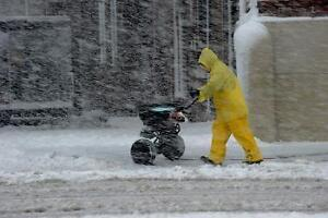 HOME SNOW CLEARING, GREAT PRICES, PERSONALIZED SERVICE Oakville / Halton Region Toronto (GTA) image 3
