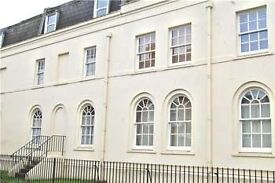 1 bedroom flat next to Gloucester Quays on Parliament St - Parking permit, fitted wardrobe