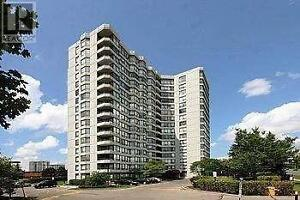 2+1Br, 2B, 7460 BATHURST ST, Luxury Living At Promenade Towers
