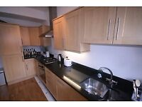 4 double bedroom house available now, brixton