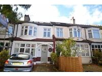Top Floor Single Room in Southfields near East Putney Tube Bills included available furnished now
