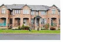 Three Bedrooms Townhome in Markham For Rent