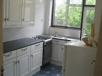 Very nice 3 bedroom semi detached house available to rent on Ruskin Drive, Worcester park