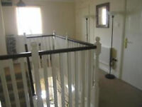Unfurnished 1 bedroom spacious flat available to rent
