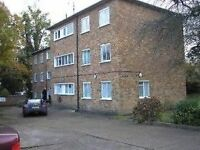 3 bedroom flat in ASHLEY COURT, HENDON, NW4 1PD