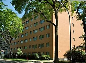 Large 1 BR incl All Utilities, Cable, Laundry, A/C