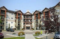 3rd Fl 2 BDRM w/in-suite Laundry and Parking