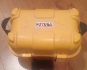 Futtura AL-24 24x auto level in case with tripod