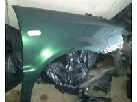 VW Polo O/S Front Wing In Green (2001)