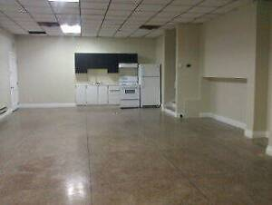 1500 SQ Ft  Commercial space $875 in St. Lambert