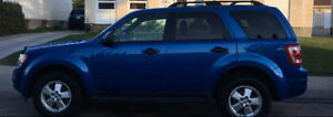 2011 FORD ESCAPE XLT 4WD = LEATHER = MUST SELL ASAP MOVING!!
