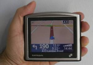 """TOMTOM One GPS NAVIGATOR / 2016 MAP/ 3.5"""" SCREEN / COMES WITH Ca"""
