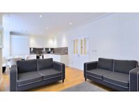 2 bedroom house in Hamlet Gardens Ravenscourt Park, Hammersmith, W6