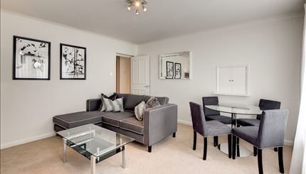 Luxury 2 Bedroom Apartment to rent in Fulham Road