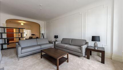 5 bedroom flat in Strathmore Court, Park Road, St John's Wood, NW8