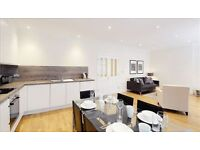 3 bedroom flat in Hamlet Gardens. Ravenscourt Park, W6