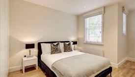 2 bedroom flat in 30 Hamlet Gardens, Hammersmith, W6