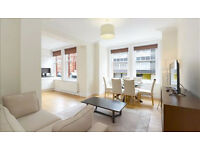 3 bedroom flat in Hamlet Gardens Ravenscourt Park, Hammersmith, W6