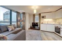 Superb luxury interior designed 3 bedroom apartment in the heart of Paddington. Close to stations