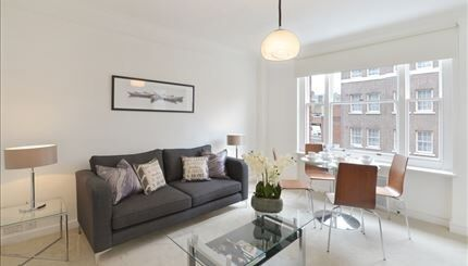 Stunning 1 Bedroom Apartment to rent in Hill Street in the heart of Mayfair