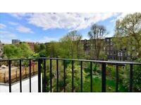 2 bedroom flat in Somerset Court, Lexham Gardens, W8
