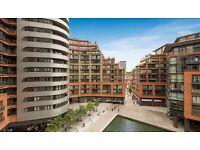 3 bedroom flat in Merchant Square, London W2