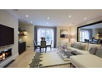 3 bedroom flat in Peony Court , Park Walk London SW10