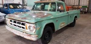1969 DODGE SWEPTLINE AMERICAN RETRO STEPSIDE PICK UP TRUCK