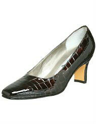 Ros Hommerson size 6.5 WW dress shoes