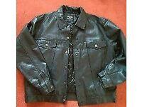 Genuine xl mens leather jacket/denim style.