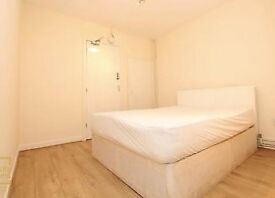 STUNNING DOUBLE ROOM AVAILABLE FOR RENT NEAR GANTS HILL!