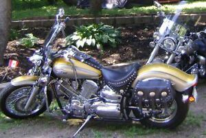 Yamaha V-Star (Excellent Bike)