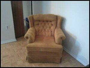 Free Arm Chair