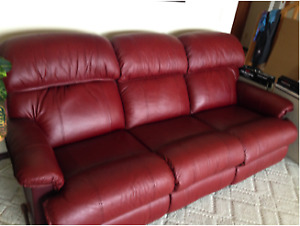 Lazyboy full Reclining Sofa and swivel Recliner Chair & Lazyboy Recliner | Kijiji in Alberta. - Buy Sell u0026 Save with ... islam-shia.org