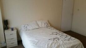 Beautiful room close to Slough trading estate