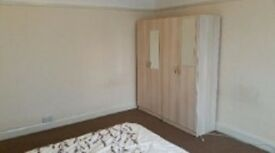 ROOM AVAILABLE IN SLOUGH IN A BEAUTIFUL HOUSE