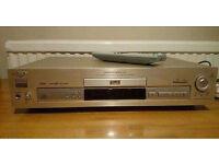 Sony DVP-S715 CD/DVD player