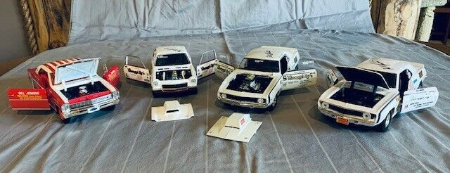 GRUMPY JENKINS AUTOGRAPHED 1:18 DIE CAST SET OF 4 - WITH DISPLAY CASES