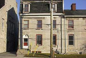 219-4 Queen Street - 2 Bedroom Multi-Unit House for Rent