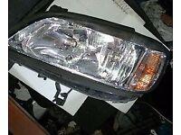 Vauxhall Zafira O/S Headlight (2003)