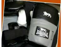 Boxing Gloves (Lonsdale )