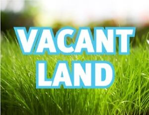 Vacant Lot Available in Upscale Neighbourhood - Build your Dream
