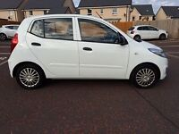 FANTASTIC WEE CAR FOR SALE, 2 YEARS WARRANTY, FULL SERVICE HISTORY, MOT, AC, BRAND NEW BRAKE PADS