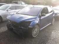 Ford Focus Rs front end damage breaking