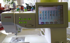 MC 11000 SE Embroidery/Sewing/Quilting Machine