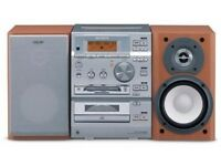 SONY CMT-CP500MD - Micro Hi-Fi - CD, MD, Tape Radio,**LCD*