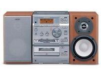 SONY CMT-CP500MD - Micro Hi-Fi - CD, MD, Tape Radio,**LCD*