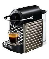 Machine a cafe nespresso pixie titan neuf / New coffee machine