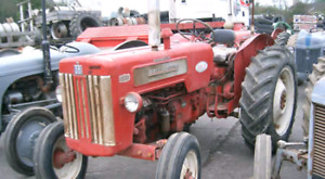 Look for a hood and grill international  b414 tractor