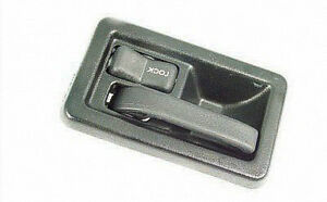 Door Handles Available For Most Vehicles London Ontario image 1